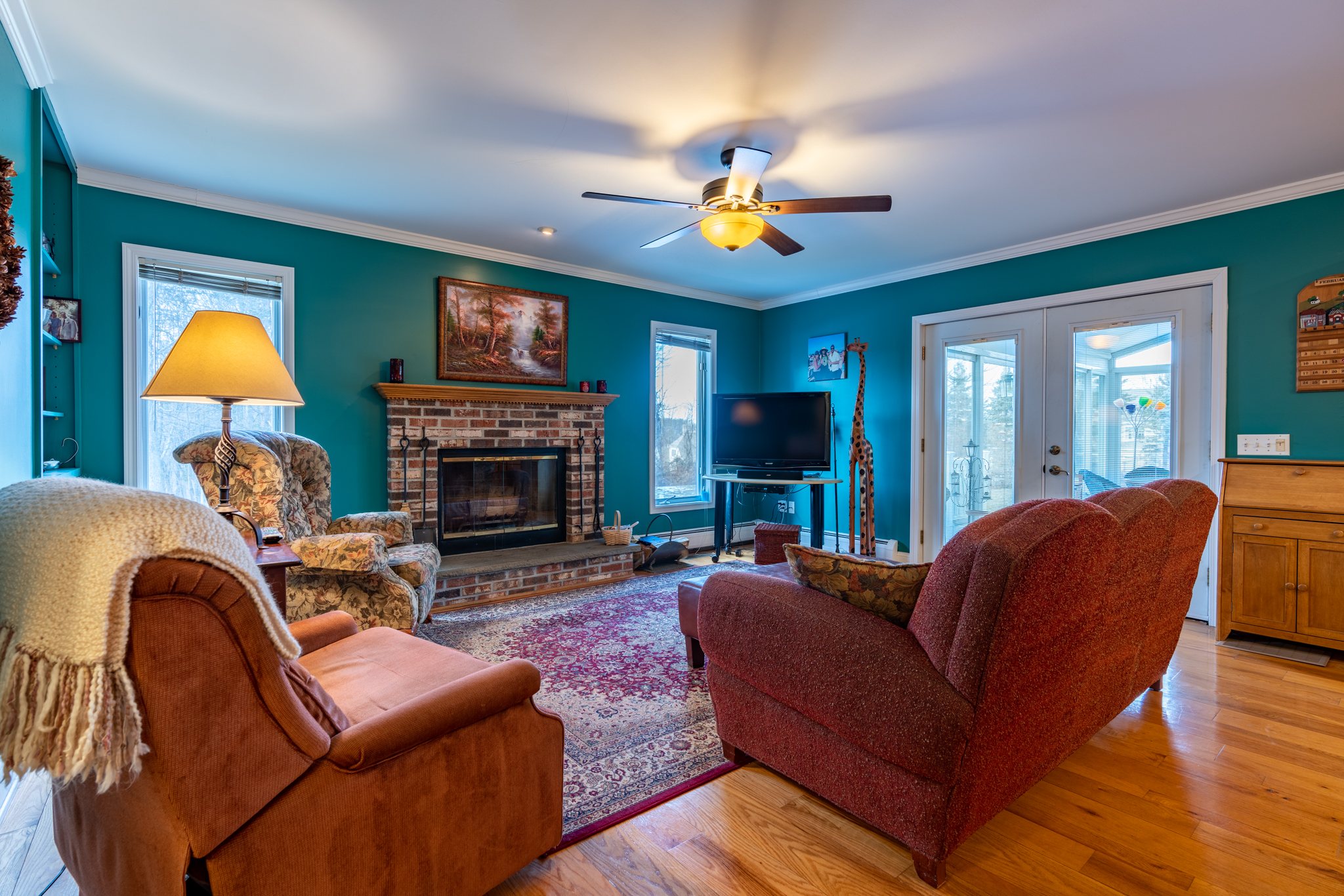 50 Winterwood Dr Southbury family room